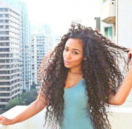 Como llevar el cabello rizado suelto