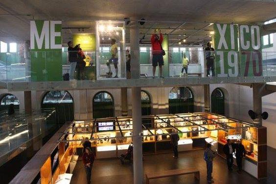 """Museu Pelé: o """"castelo"""" do Rei do Futebol"""