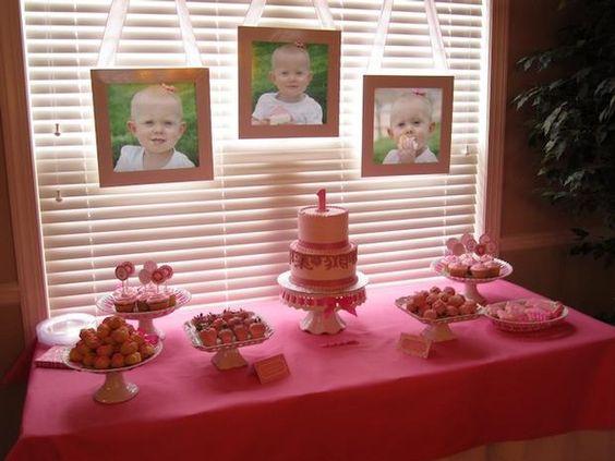 Cute way to display pics at 1st bday party