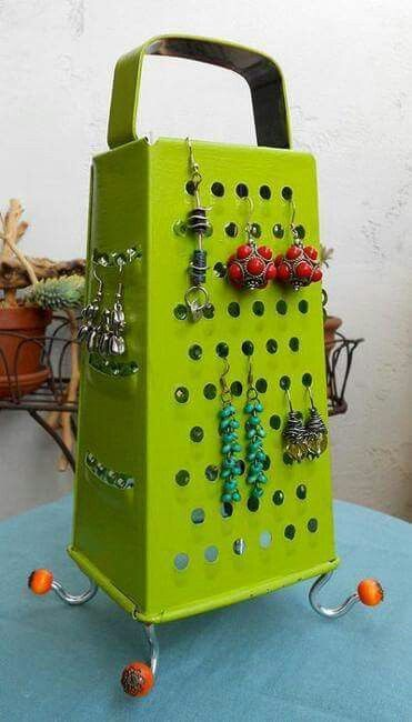 A grate idea! Paint over an old grater and voilà!