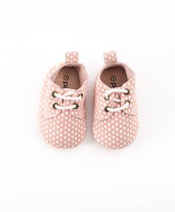 the Pink Dots baby oxford. $30 www.piperfinn.com