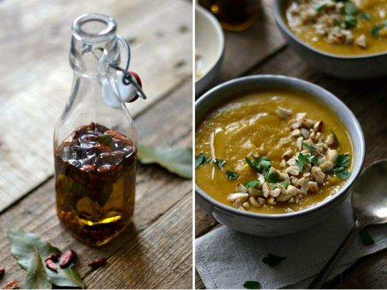 Sopa de lentilhas e abóbora, com azeite aromatizado