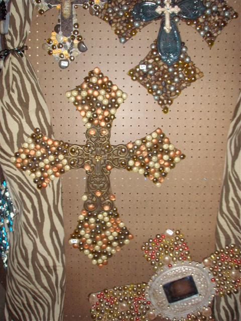 I love these crosses and i want one!
