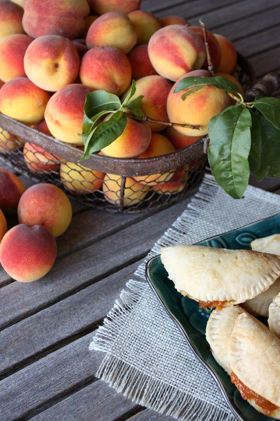 Empanadas de Durazno (Peach Hand Pies)