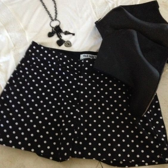 """Old Navy Black and White Polka Dot Shorts Black Old Navy shorts with white polka dots. Clip and zipper closure, front and back flat laying pockets, 3"""" inseam. Can be dressed up or down. Excellent condition, worn twice. Old Navy Shorts"""