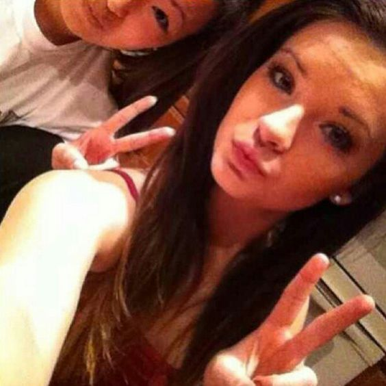 Photos, Brooke hyland and A m on Pinterest