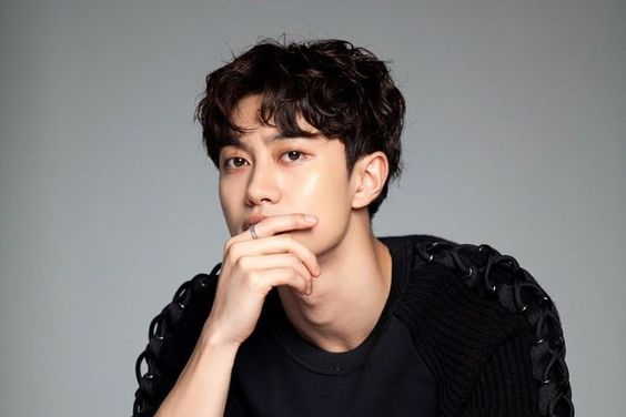 Kwak Dong Yeon Confirmed To Lead Upcoming MBC Weekend Drama