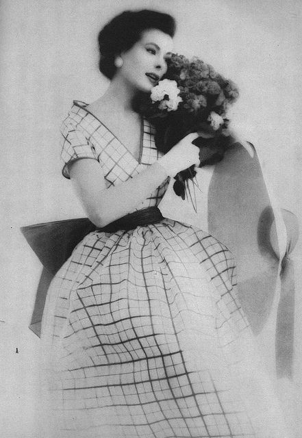 April Vogue 1952 by Roger Prigent