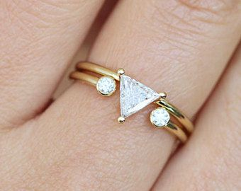 Half Carat Trillion Diamond, Trillion Diamond Ring Set, Triangle Wedding Set, Open Diamond Ring, Minimalist Engagement Ring, Horseshoe Ring