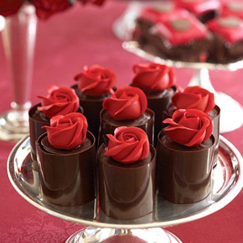 Tempering-Chocolate-Roses