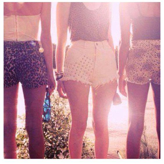 High waist shorts <3