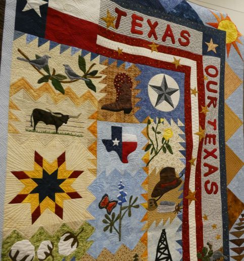 Highland Lakes Quilt Guild Meets In Marble Falls Tx Non Profit Organization Dedicated To Community Service Through The Quilting Ar Quilt Guild Quilts Quilters