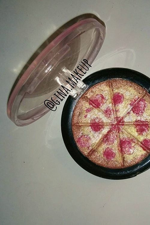 This New Pizza Highlighter Is Every Beauty Junkie's Dream