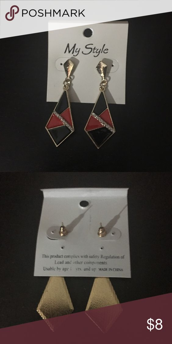Red and Black Geometric Dangle Earrings Red and black geometric dangle earrings. I am not sure of the metal type. I have multiples so let me know if you want more than one! Jewelry Earrings