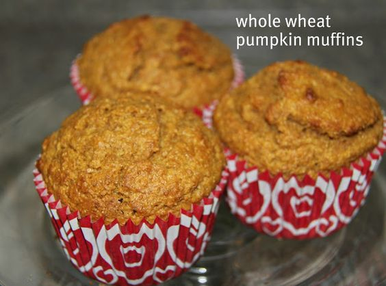 The Chronicles of Ruthie Hart: Whole wheat pumpkin muffins