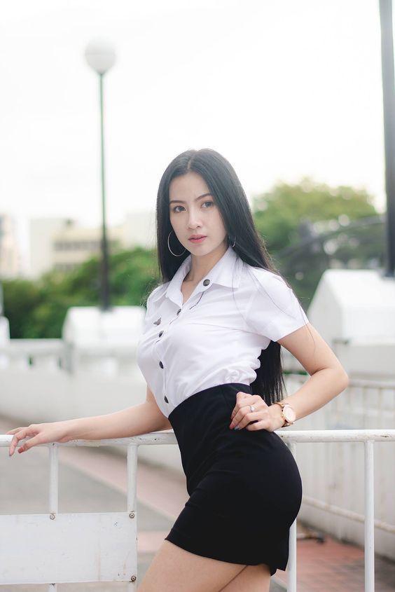 ป กพ นในบอร ด Thailand Students