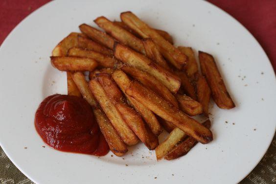 Zutaten für  Pommes Frites: 80 dag Erdäpfel, 1 ℓ Öl. Zubereitung Pommes Frites: 80 dag Erdäpfel schälen und in etwa 1cm dicke Scheiben schneiden…
