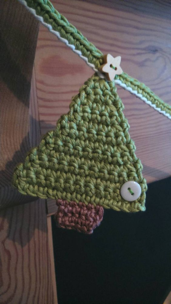 Crochet Christmas Tree Bunting/banner by CrochetMaidUK on Etsy