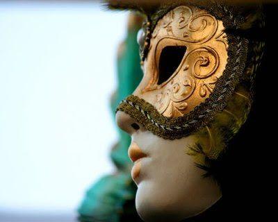 Pockel: Baile de Máscaras
