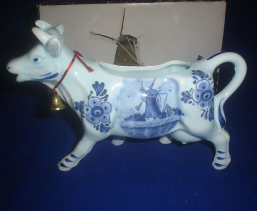DEF BLUE COW CREAMER IN BOX DBL HOLLAND IN ORIGINAL BOX SIZE 18 CM LONG X 8 CM
