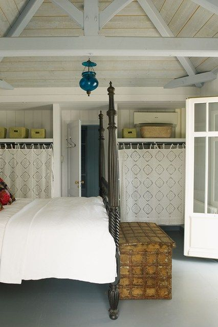 House gardens big beds and storage solutions on pinterest for Small room 4 letters