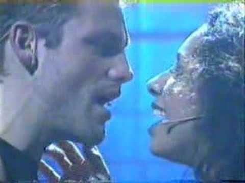 http://www.damienflood.com & http://www.debbiekurup.com as Roger & Mimi in Rent