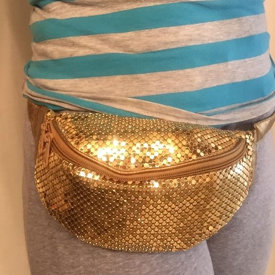 Golden fanny-pack Golden fan pac. Great for concerts,travel, parties  Bags