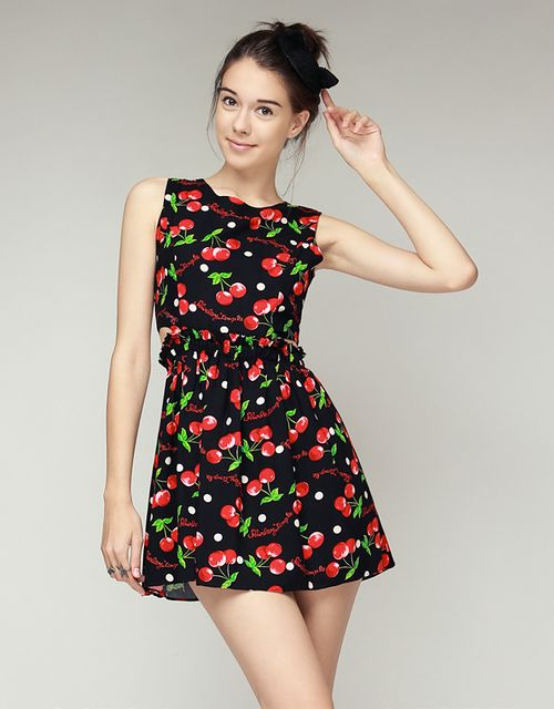 [STORETS] SHIRLEY CHERRY SIDE CUT OUT DRESS