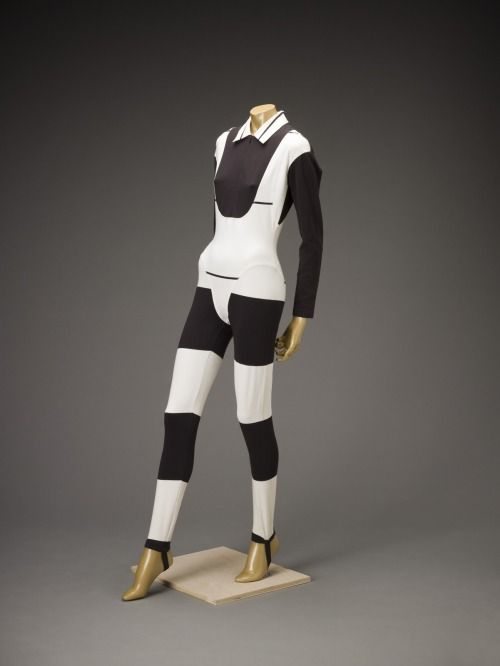 Ensemble Issey Miyake, 1991 The Indianapolis Museum of Art