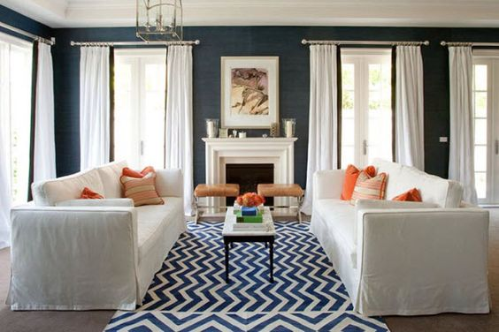 My little preppy heart was all aflutter when I found out our #HGTV #ColoroftheMonth was Navy! | Diane Bergeron Interiors
