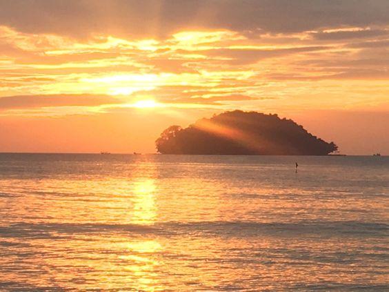 Otres Beach, Sihanoukville: Veja 2.536 avaliações, dicas e 1.249 fotos de Otres Beach, classificação de Nº 1 no TripAdvisor entre 65 atrações em Sihanoukville.