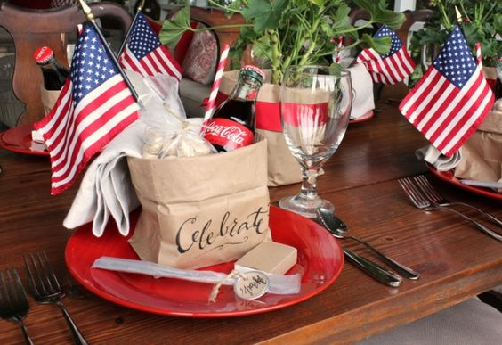 4th of July DIY bag tablescape