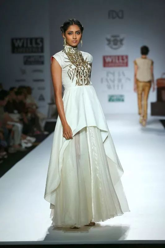Out Of India Eco Friendly Indian Fashion Brands Eluxe Magazine Indian Fashion India Fashion Week Fashion