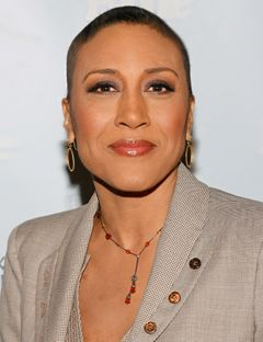 Robin Roberts, as if she wasn't on my #AdmirableLadiesList before as an awesome anchor on Good Morning America, but now being a cancer warrior and hopefully a cancer survivor just makes me that much more a fan. Plus, you know a woman's truly beautiful when she's beautiful without her hair. #Gorgeous