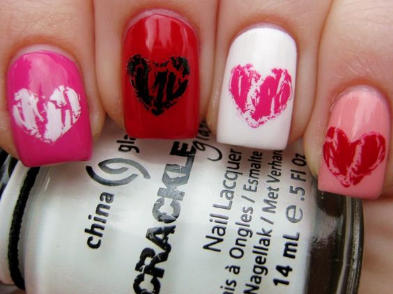 Crackle hearts nail art