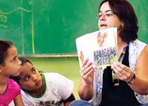 A leitura feita pelo professor tem que ser constante na alfabetização | Língua Portuguesa | Nova Escola