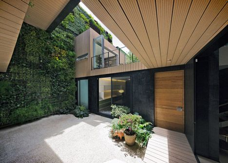 Innenhof - Casa CorMAnca by Paul Cremoux Studio