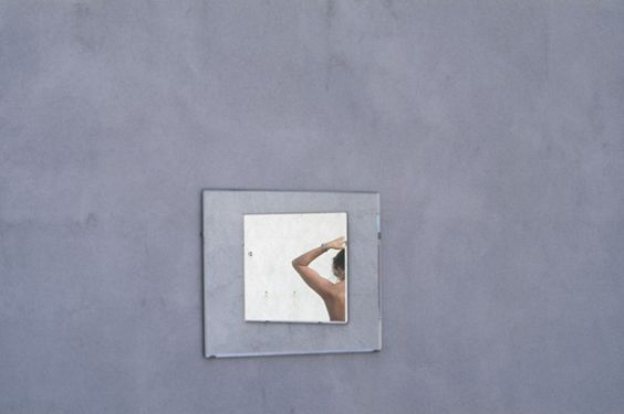 Luigi Ghirri. Ile Rousse, 1976  [::SemAp FB || SemAp G+::]
