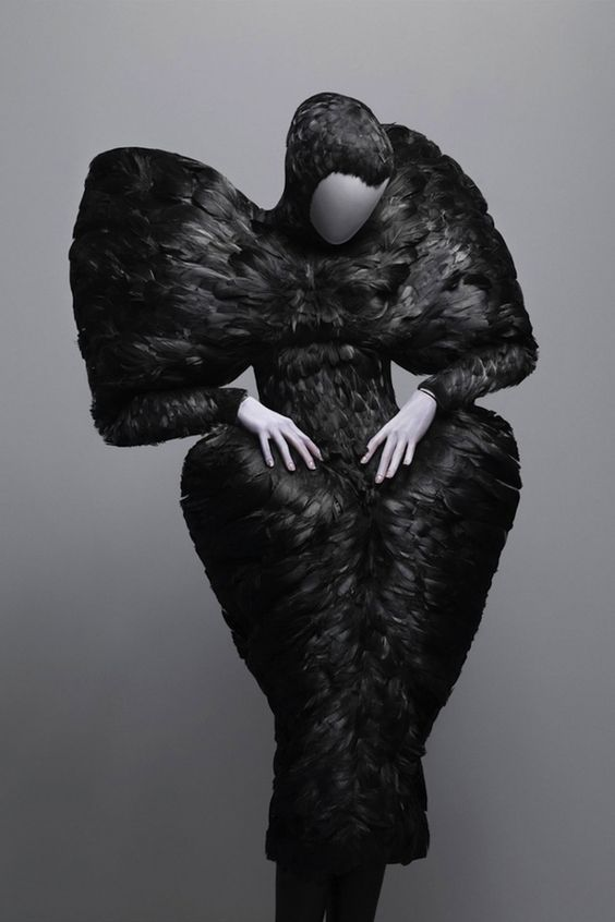 12 Exotic Pieces Of Alexander McQueen's Work Perfect Costume for The Crows of The Night Watch