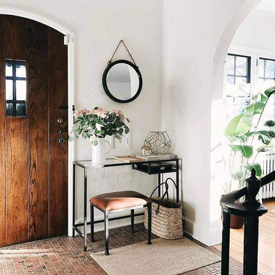 I love everything about this. Lovely European Interior Design.
