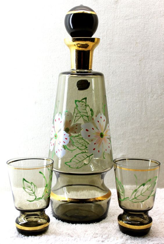 \Bohemia Glass Floral Decanter with Two Glasses - Bohemia Glass ...