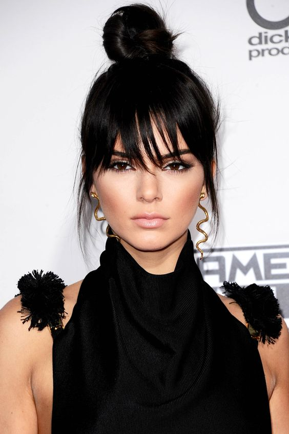 Can we please just take a moment for Kendall Jenner's uhmazing new fringe?:
