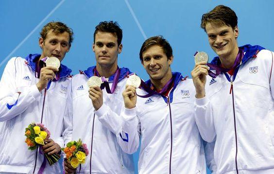 les relayeurs français ont décroché l'argent sur le 4x200m. Amaury Leveaux, Fabien Gilot, Clément Lefert et Yannick Agnel