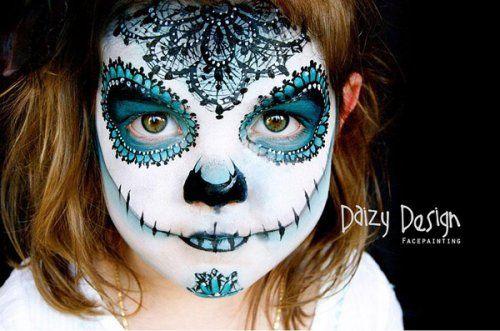 modèle de maquillage denfant  la tête de mort sucrée