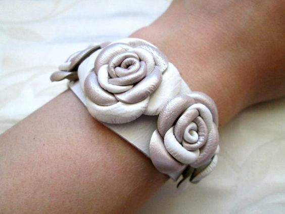 Hey, I found this really awesome Etsy listing at https://www.etsy.com/listing/247803009/free-shipping-white-beige-leather-roses
