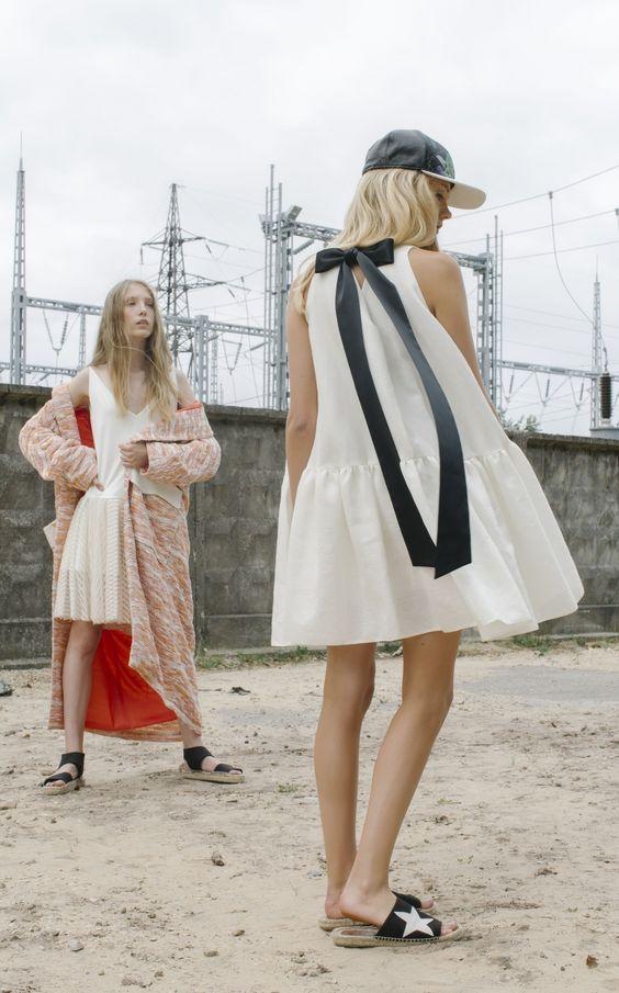 NARCISS S/S17 Laura Dress, Mata Coat, Caroli Dress www.narcissfashion.com #NARCISSfashion #spring #summer #trendalert  #ootd #styleinspiration  #fashioninspo #dress #ribbon #white