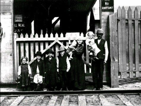 Immigration Images 1891-1921 | History 30: Canadian Studies