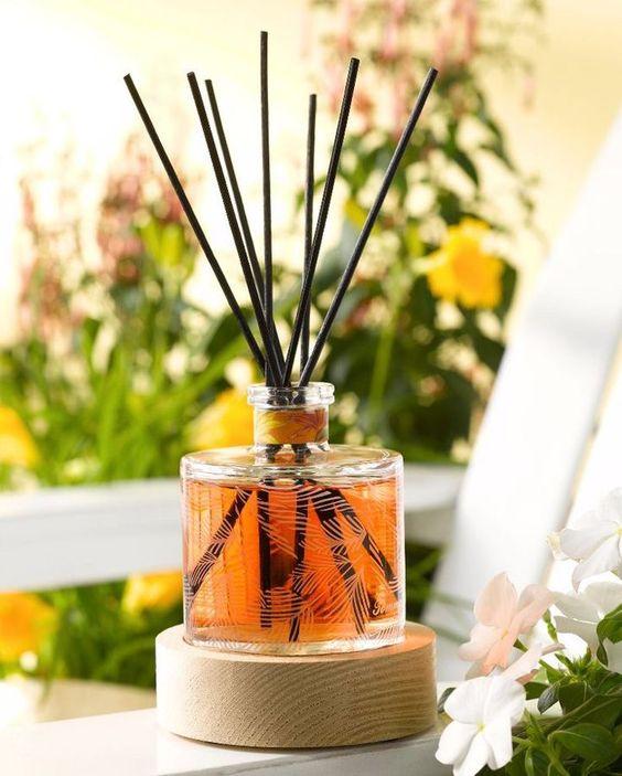Aromatizador de ambiente caseiro - Difusor com varetas - Blog de decoração - Reciclar e Decorar: