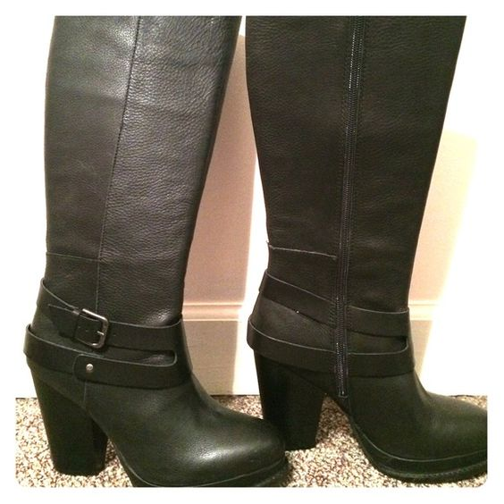 """Seychelles """"Tomfoolery"""" Leather Boot, size 8.5 Only worn when trying on in house, never worn outside. Comes to right under the knee. Let me know if you have any questions! Seychelles Shoes"""