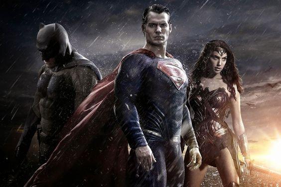 #BatmanVsSuperman: confira o novo trailer do filme >> http://glo.bo/1YKIddz